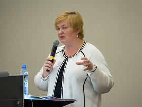 ФОТО: О чем рассказала участникам авторынка замминистра торговли Ирина Наркевич