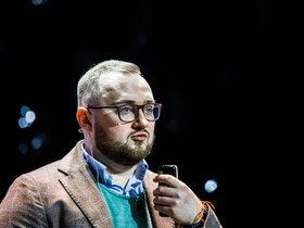 Выступление Дмитрия Левковича на гала-сезоне «Бери и делай!»