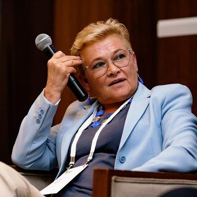 Елена Линева