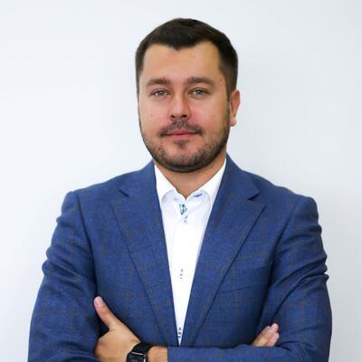 Александр Маковецкий