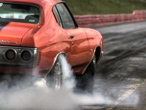 Фото с сайта wallcars.net