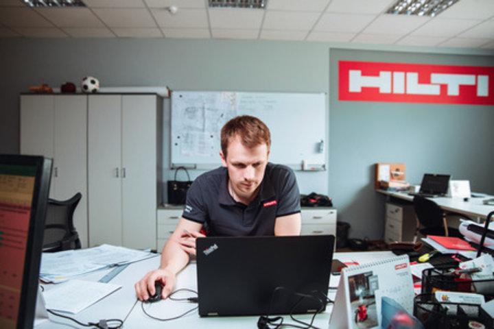 ФОТО: 10 лет инноваций. Hilti Беларусь празднует юбилей