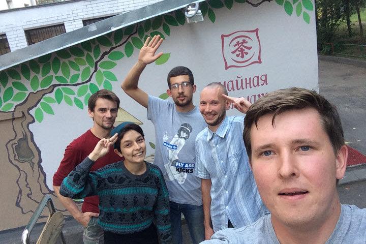 Андрей Симонов и его команда. Фото из личного архива