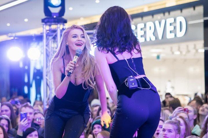 """Выступление """"ВИА Гра"""". Фото с сайта fashionbank.by"""