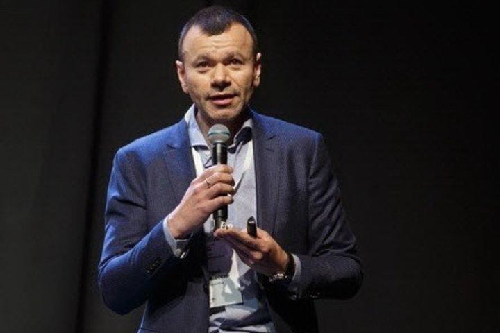 ФОТО: Дмитрий Дичковский: Мы покупаем «ракетки» не хуже, чем на Западе, вот только в игроков инвестируем гораздо меньше