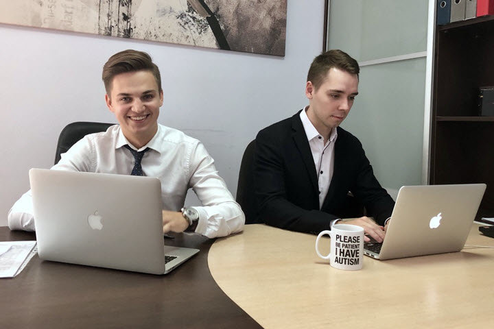 Никита Шилейко (слева) и Никита Шаповалов. Фото из архива компании