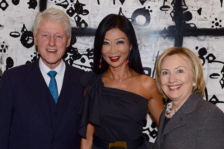 Билл Клинтон, Лина Ху, Хиллари Клинтон. Фото с сайта ivona.bigmir.net
