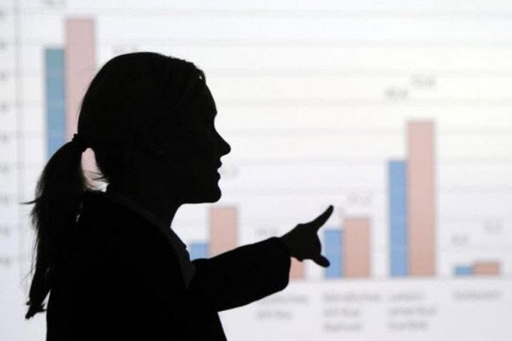 ФОТО: Какие зарплаты сейчас на рынке труда в самых популярных профессиональных сферах