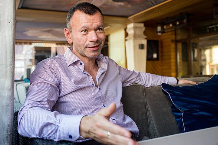 ФОТО: «Нужно правильно делать правильные вещи, и тогда все получится». Самое большое интервью Дмитрия Дичковского