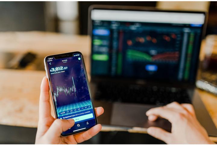 ФОТО: Что происходит с популярными криптовалютами и чего ждать в 2020