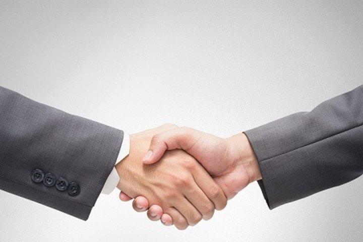 ФОТО: Банк БелВЭБ дает бизнесу персонального юриста. Что, где и сколько?