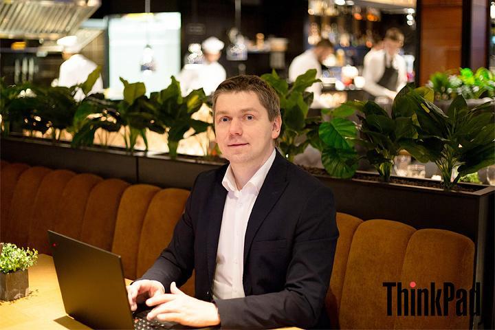 ФОТО: Уйти в минус на $ 140 тыс, но выстоять и идти дальше — директор «Про бизнес» о рациональном оптимизме в бизнесе