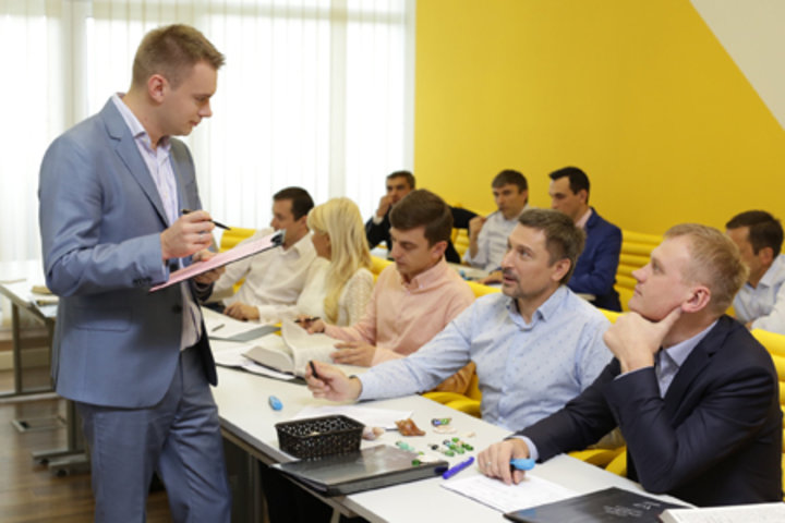 ФОТО: Что такое Школа владельцев бизнеса и чем она отличается от MBA?