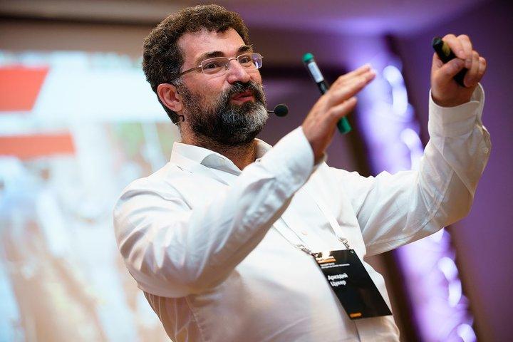 ФОТО: Новая программа Аркадия Цукера «Алгоритмы мышления клиента». Впервые в Беларуси!