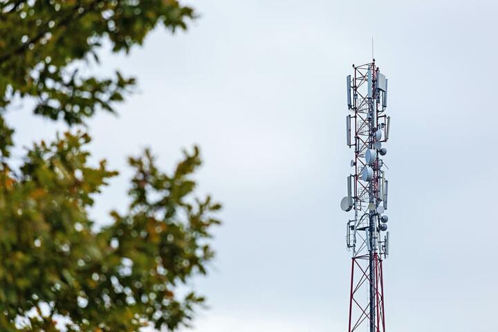 ФОТО: А1 увеличит емкость мобильной сети в несколько раз за счет установки многолучевых антенн