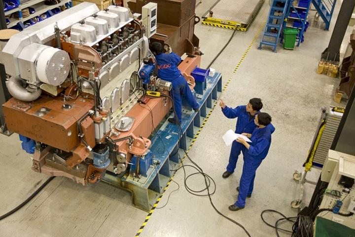 Производство двигателей Wärtsilä на заводе QMD. Фото с сайта www.motorship.com