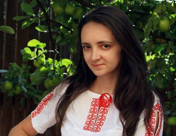 Карына Адзесенка. Фота с сайта ky-ky.org