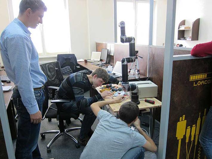 Фото их архива компании