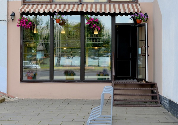 Розничный магазин компании «Деловар-сервис». Фото Анастасии Бондарович