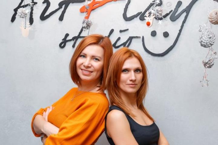 Оксана Сидорская (слева) и Валентина Сазонова. Фото из личного архива