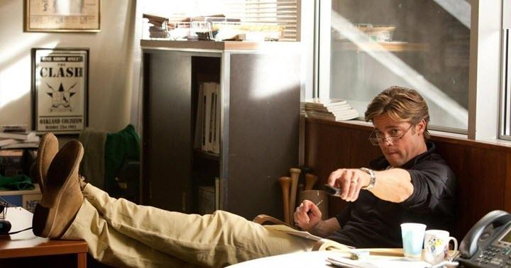 """Скриншот из фильма """"Человек, который изменил все"""". Фото с сайта torrent-kino.org"""