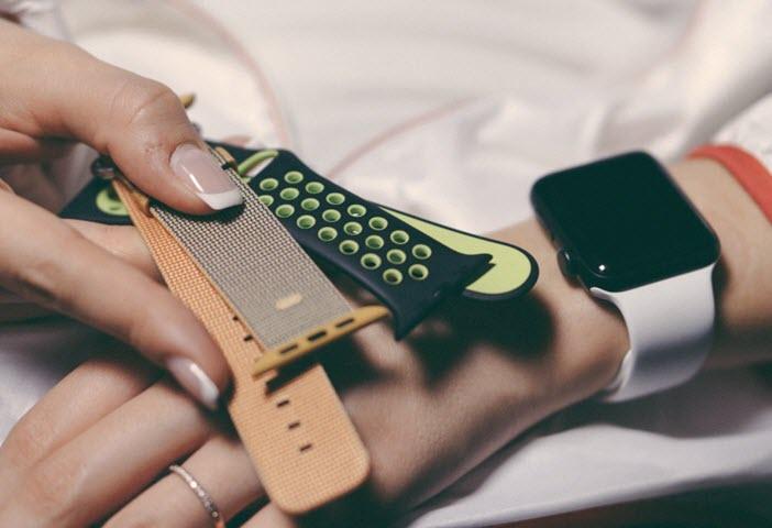 Часы Apple Watch Nike+. Фото с сайта guides.ru.