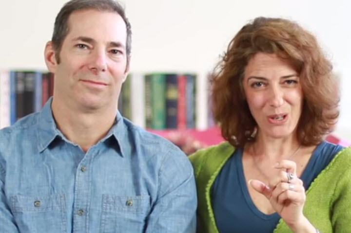 Партнер Адама — Маделон Джуинаццо. Скриншот с видео с сайта cuddlist.com