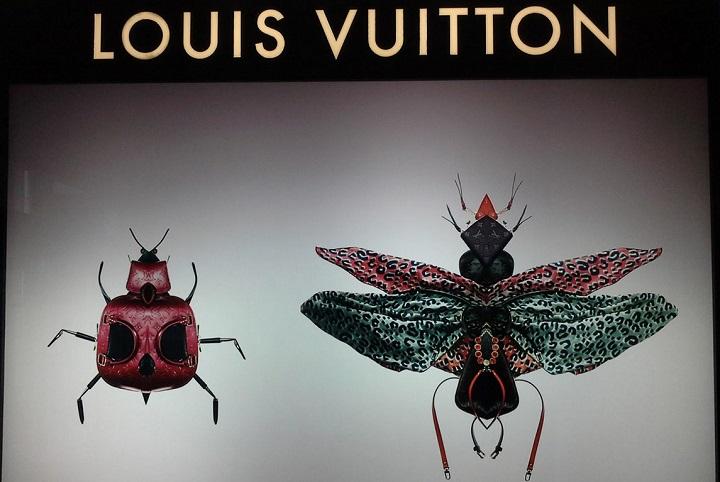 Витрины Louis Vuitton. Фото с сайта pinterest.com