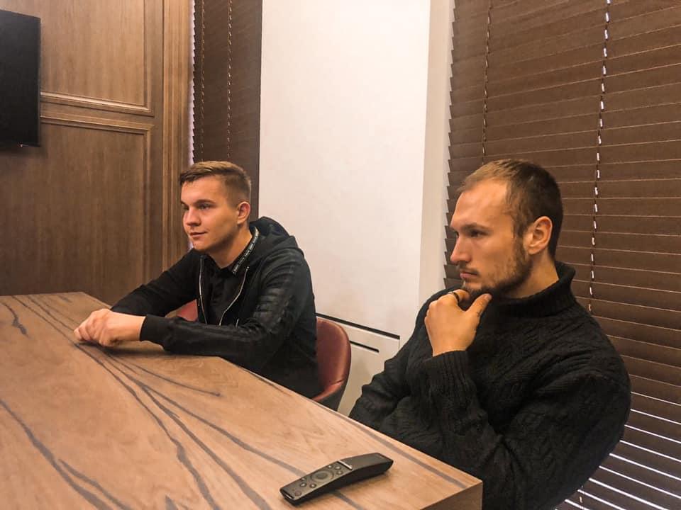 Основатели платформы Кирилл (слева) и Ким Мазуры. Фото из личного архива