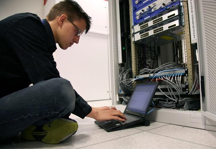 Фото с сайта 1comp.spb.ru