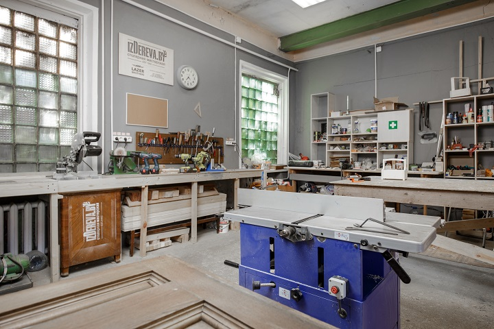 Фото из архива столярной школы