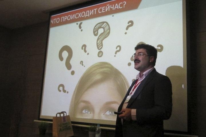 Аркадий Цукер, фото со страницы www.kurer-sreda.ru