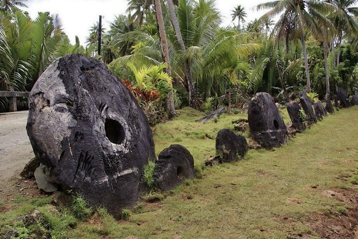 Камни Раи. Фото с сайта hsto.org