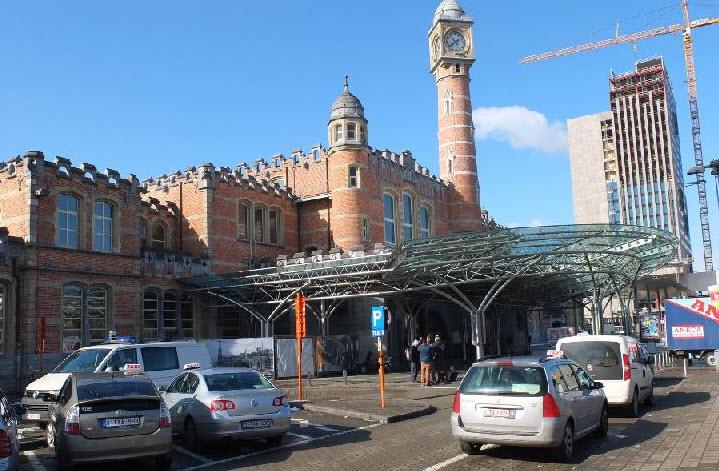 Железнодорожный вокзал Гента. Фото с сайта gorodamira.info