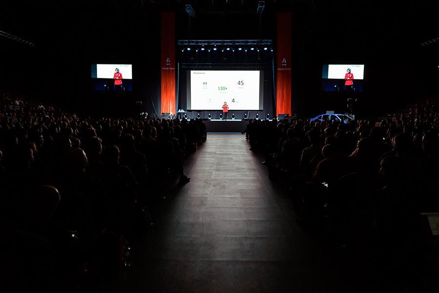 ФОТО: Как выступать перед бизнес-аудиторией. Экспресс-курс Виталия Волянюка