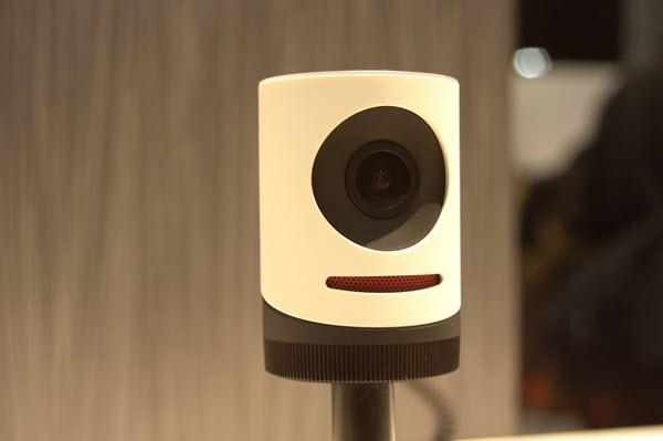 Камера для трансляции Facebook Live. Фото: youtube.com