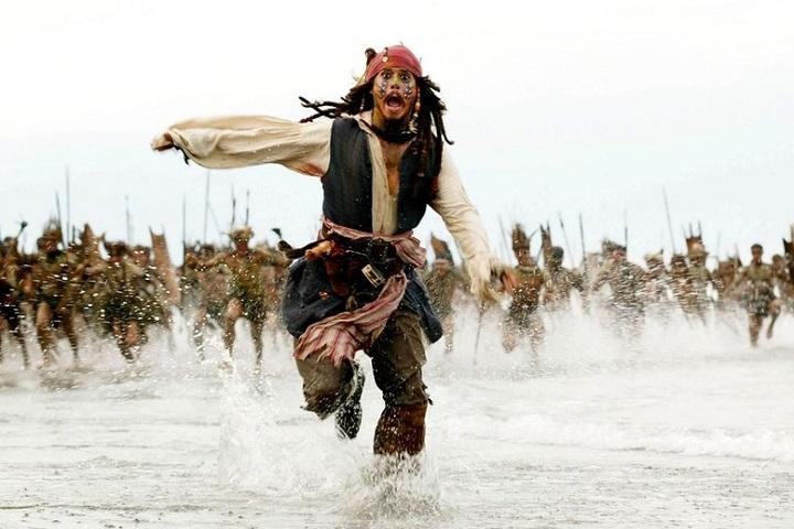 "Кадр из фильма ""Пираты Карибского моря: На краю Света"" (2007, США). Режиссер Гор Вербински"
