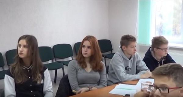 Скриншот видеокадра с YouTube
