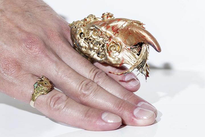 Кольцо для Тимати. Фото с сайта newchercherlafemme.ua