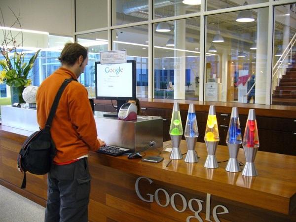 Штаб-квартир Google в Маунтин-Вью, США. Фото с сайта optimus5.com