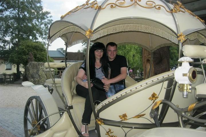 Денис Денисенко с женой Натальей, фото из личного архива