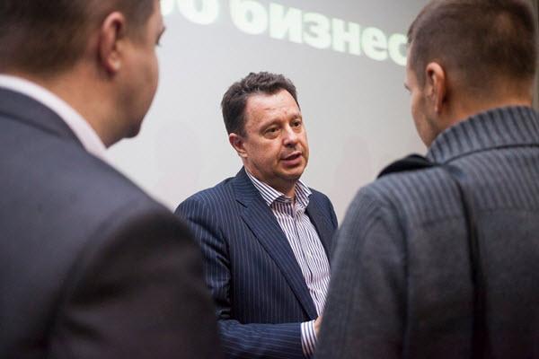 Сергей Савицкий (в центре) на Встрече Про бизнес. Фото: probusiness.by