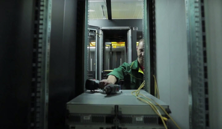 Во время строительства Республиканского центра обработки данных компании beCloud. Cкриншот видеоролика с YouTube