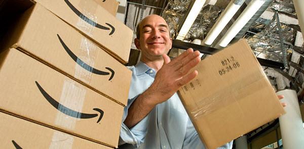 Cотрудник Amazon.com. Фото с сайта www.stickyeyes.com