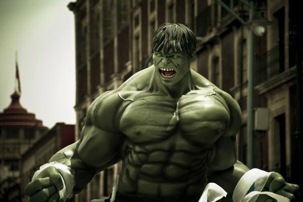 Супергерой Халк. Фото с сайта smth-most.ru