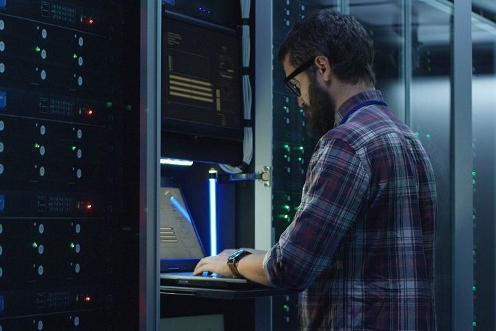 ФОТО: «Эффективная защита от DDoS-атак» — бесплатный вебинар