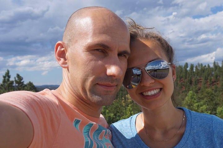 Петр Дударенко с женой. Фото из личного архива