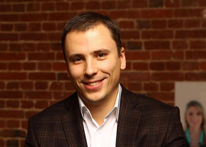 Владимир Холязников