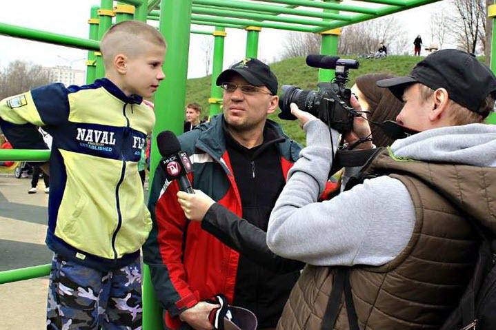 Вячеслав Быковский с сыном. Фото из личного архива