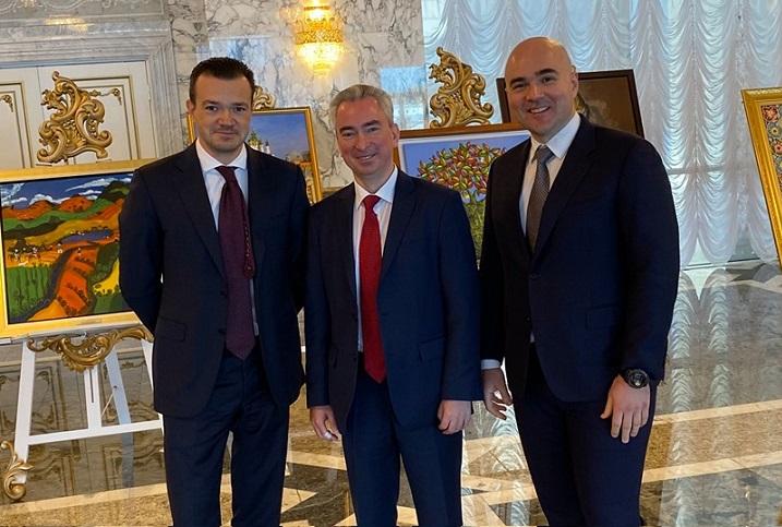 Денис Алейников (слева), Всеволод Янчевский, Виктор Прокопеня. Фото со страницы Всеволода в Facebook